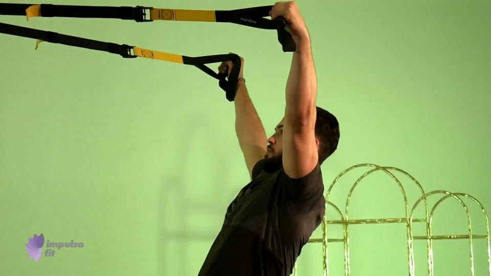 Vídeo 4: Entrenamiento en Suspensión en rutina de bíceps, tríceps y hombro
