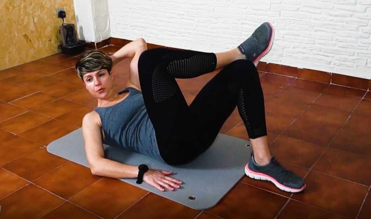 LolaFit, Vídeo 3: Rutina especial de abdominales frontal y lateral más plancha normal y lateral