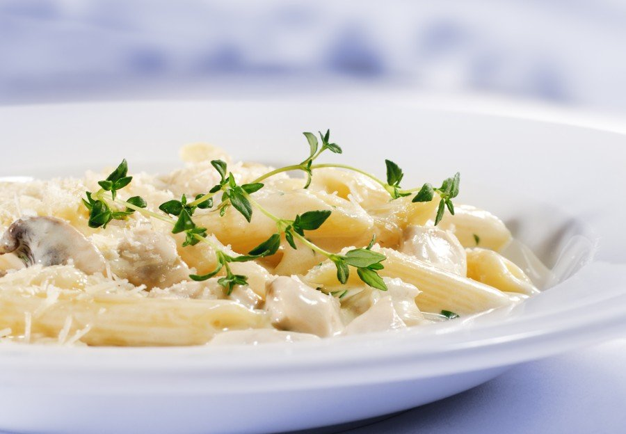 Exquisita Receta de Pasta Penne con Pollo y Espinaca