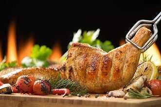 Muslo y contramuslo de pollo al horno con verduras.
