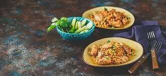 Cous cous con carne de conejo o similar y verduras al horno