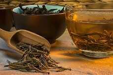 Infusión de cola de caballo y té verde